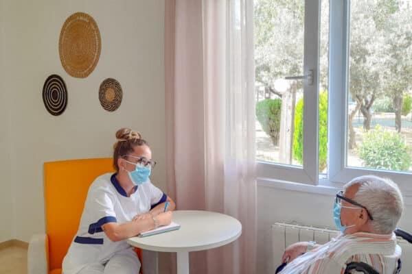 Estancias temporales en residencia de mayores: rehabilitación, recuperación y respiro familiar